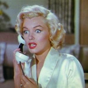 Gentlemen_Prefer_Blondes_Movie_Trailer_Screenshot_(16)