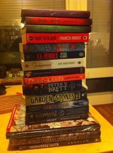 Oikeasti monta kirjaa. Kolmea päällimmäistä lukuunottamatta kaikki ilmaisia.