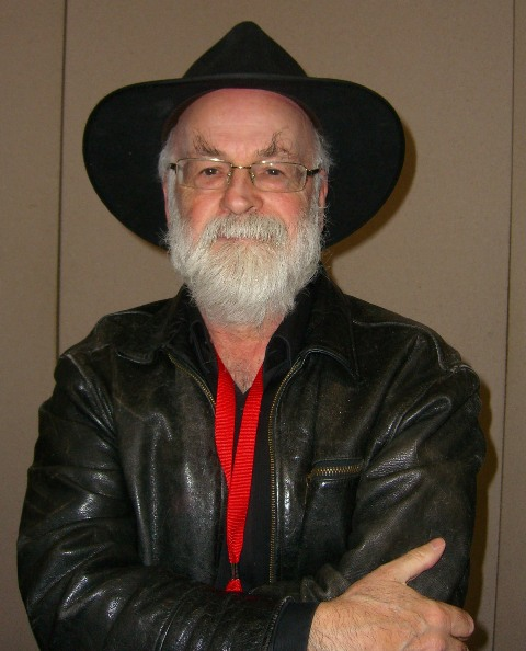 All the little angels rise up, rise up – Sir Terry Pratchett muistoissamme