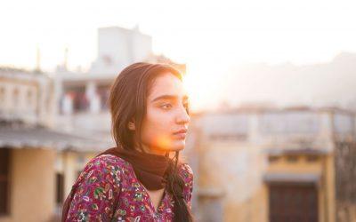 Vaihtoehtoista näkökulmaa etsimässä – vuosi naisohjaajien parissa