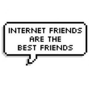 Epämääräiset internet-ihmiset ympärilläni – eli kuinka nettituttavuuksista tuli oikeita ystäviä