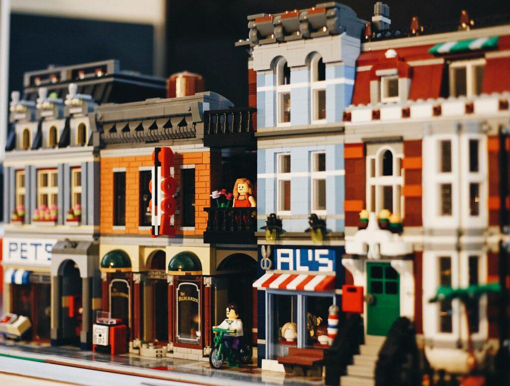 Legoista rakennettu kaupunki.