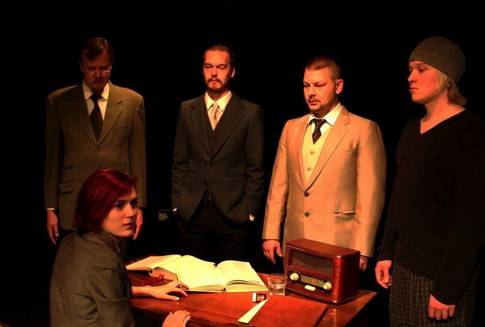 Lovecraftin kanssa teatterissa: Cthulhun kutsu -näytelmä